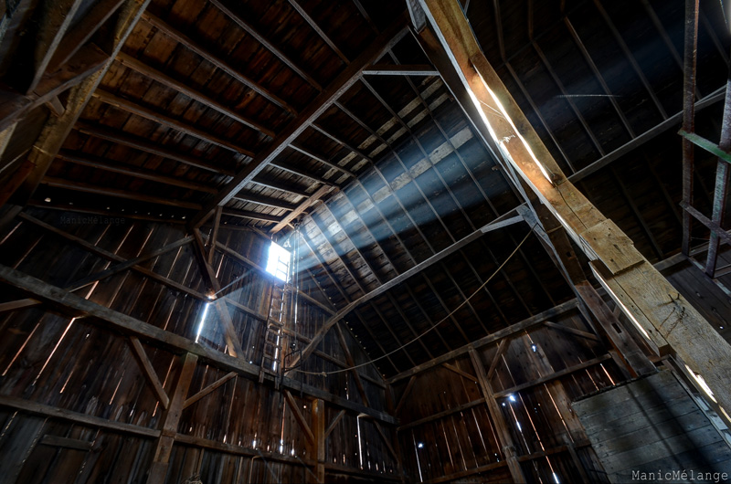 Barn Glow // Abandoned Farm; Wisconsin