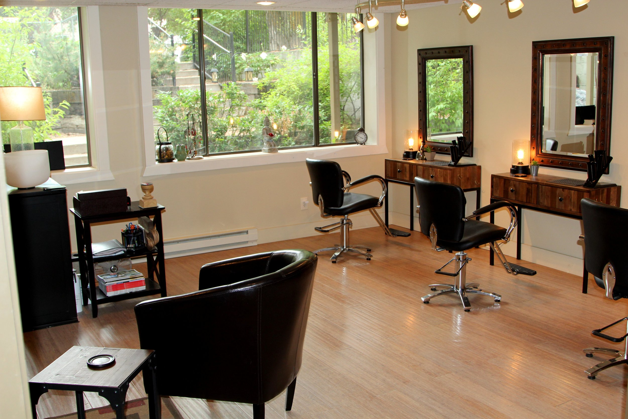 an ECO Friendly Salon & Spa nestled in the heart of downtown Jackson Hole, Wyoming where the health of you and the earth take priority in an intimate &rejuvenatingatmosphere. Online Booking available!! Find Book Now tab above, Mobile users download our app for super easy booking at  VAGARO.com  remember to bookmark Balance Salon & Spa page!!