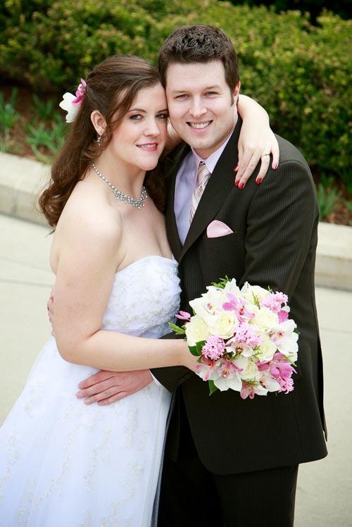 Bridge & groom wedding portrait at Millennium Park.