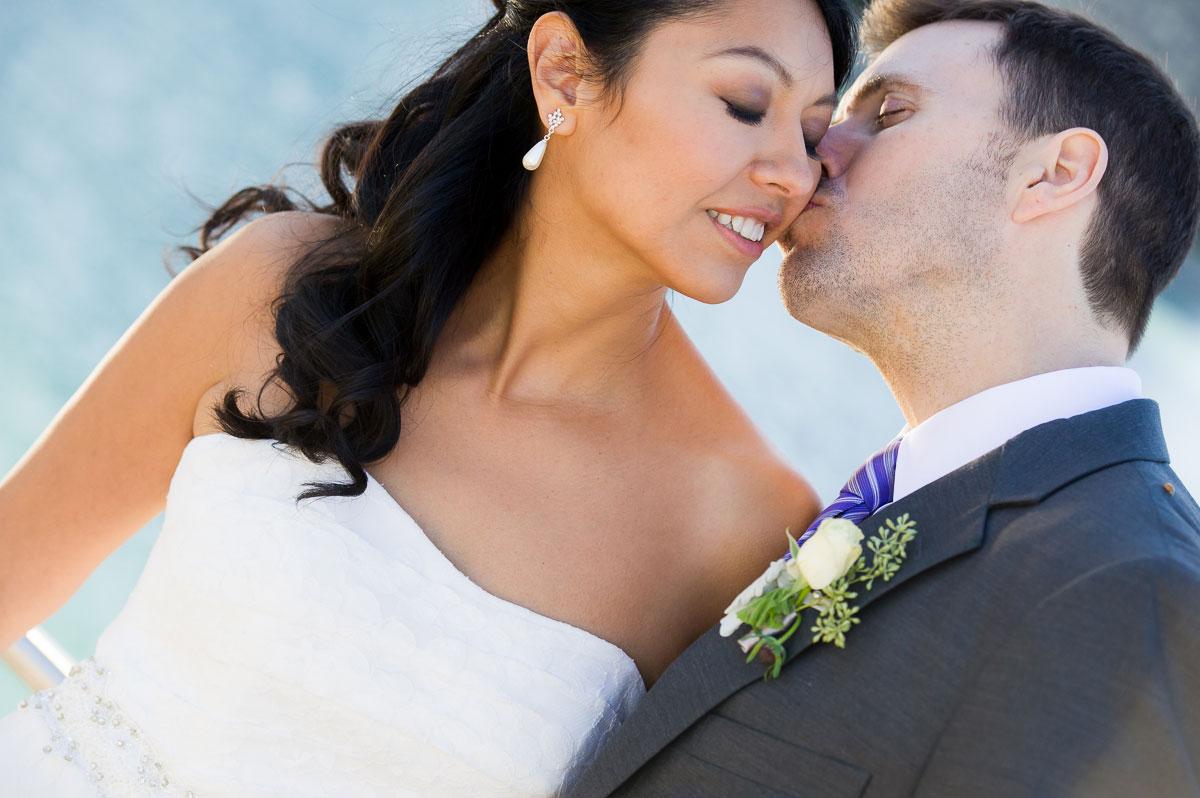 Chicago wedding photo at Milton Olive Park.