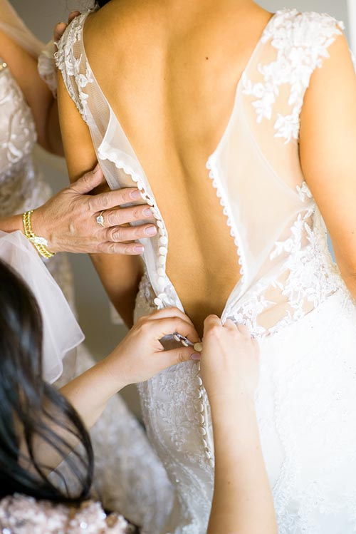 Bride getting ready on her wedding day at the Thompson Chicago.