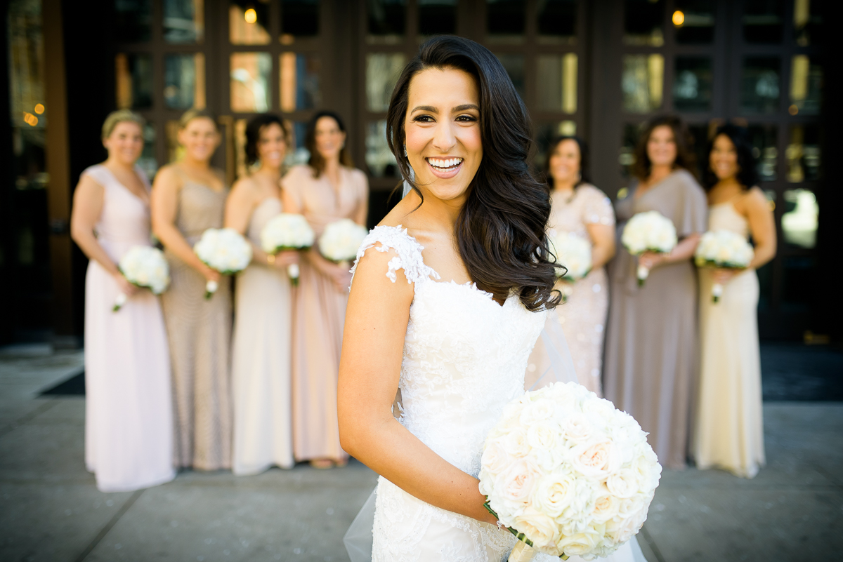 Bridesmaids on the wedding day at the Thompson Chicago.
