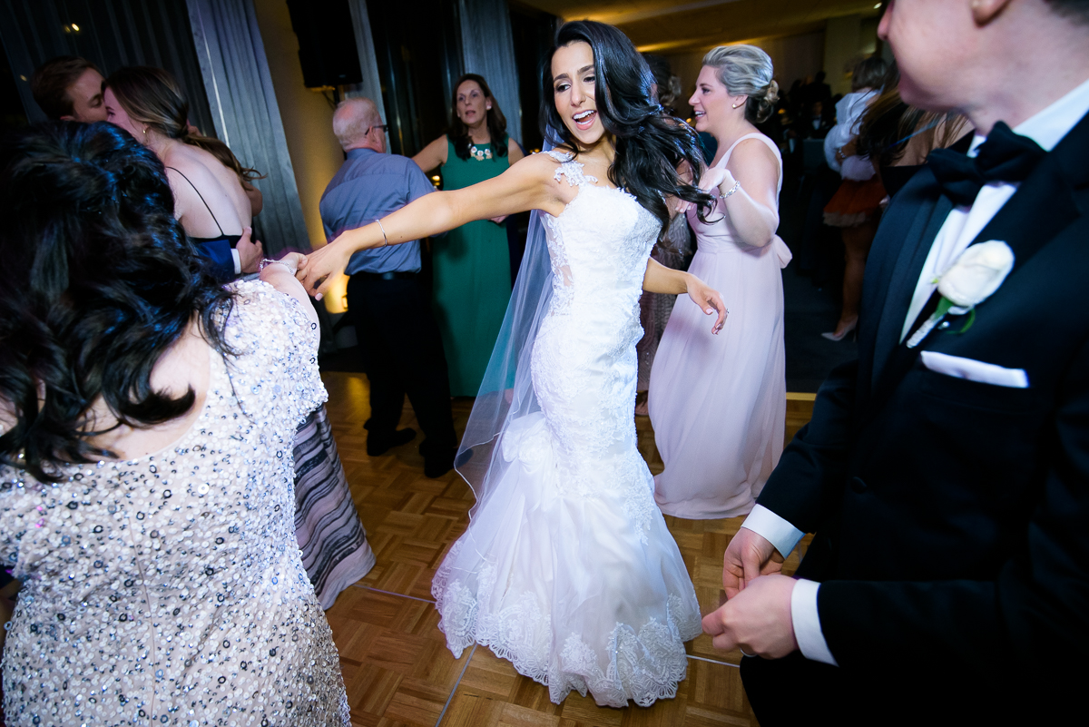 Dance party at a Thompson Chicago wedding.