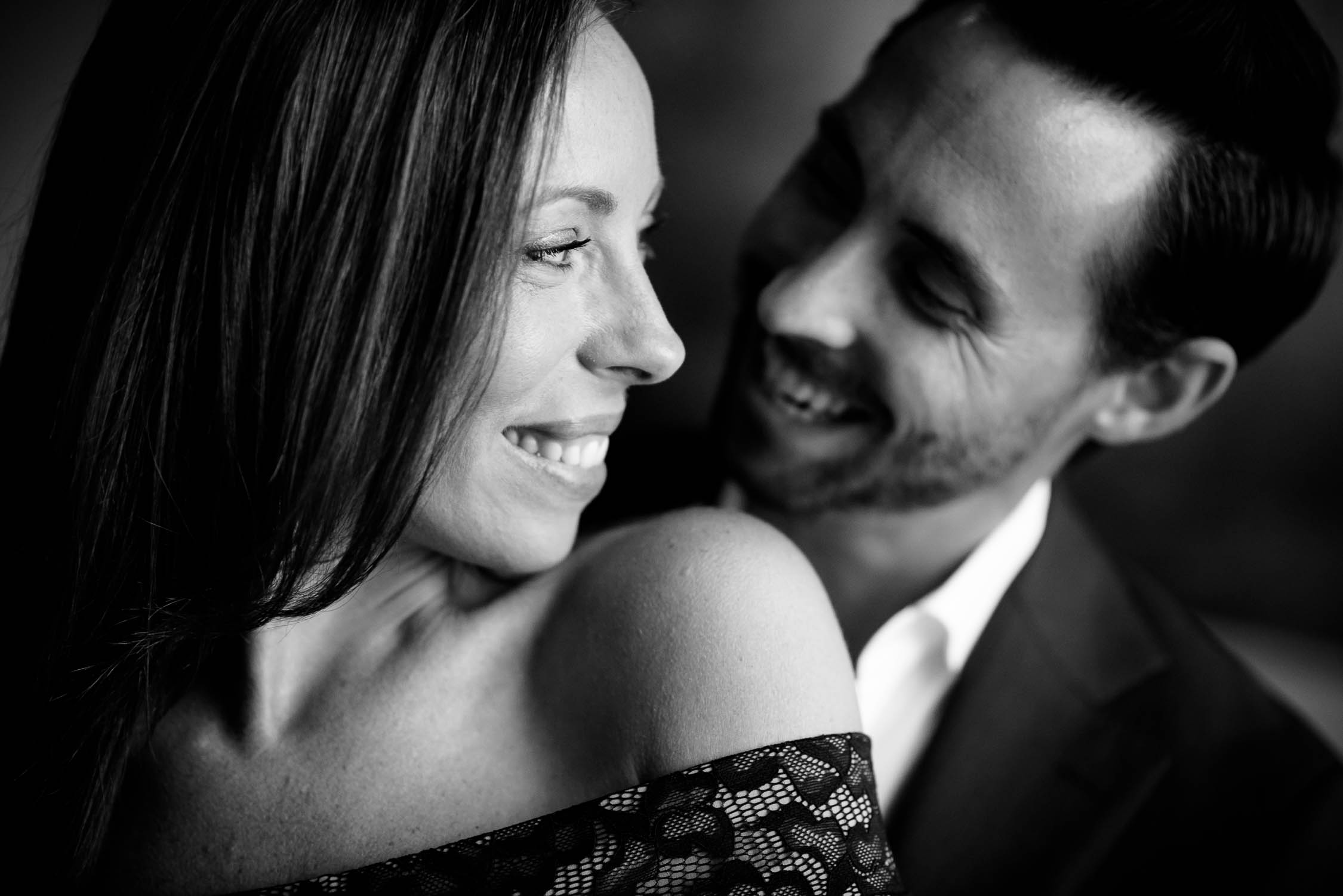 Chicago engagement session inside the Langham Chicago Hotel.