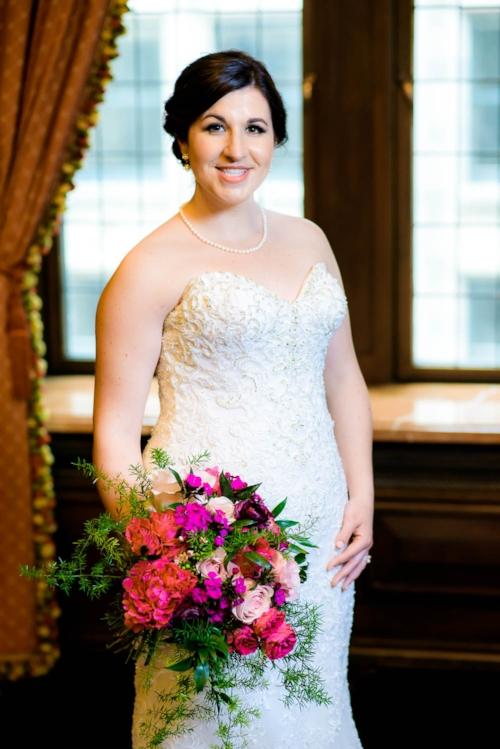 Bridal portrait before her University Club of Chicago wedding.