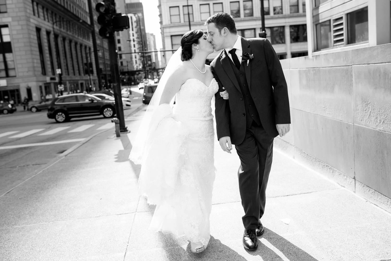 Urban Chicago wedding portrait at the Art Institute South Gardens.