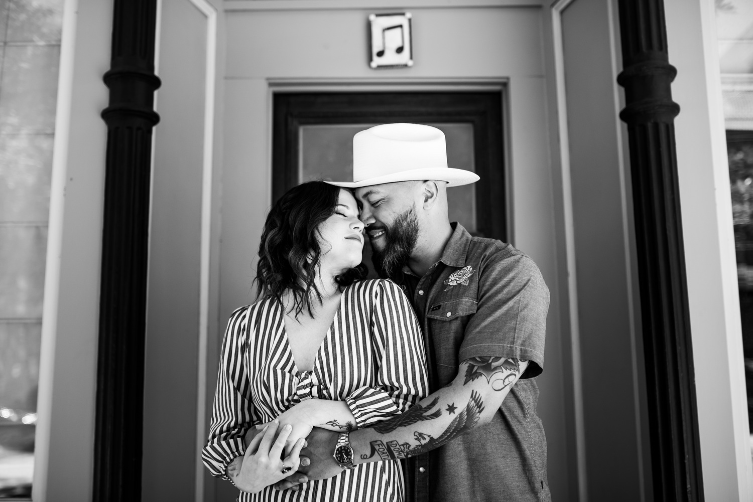 Wicker Park Chicago engagement photo outside Club Lucky.