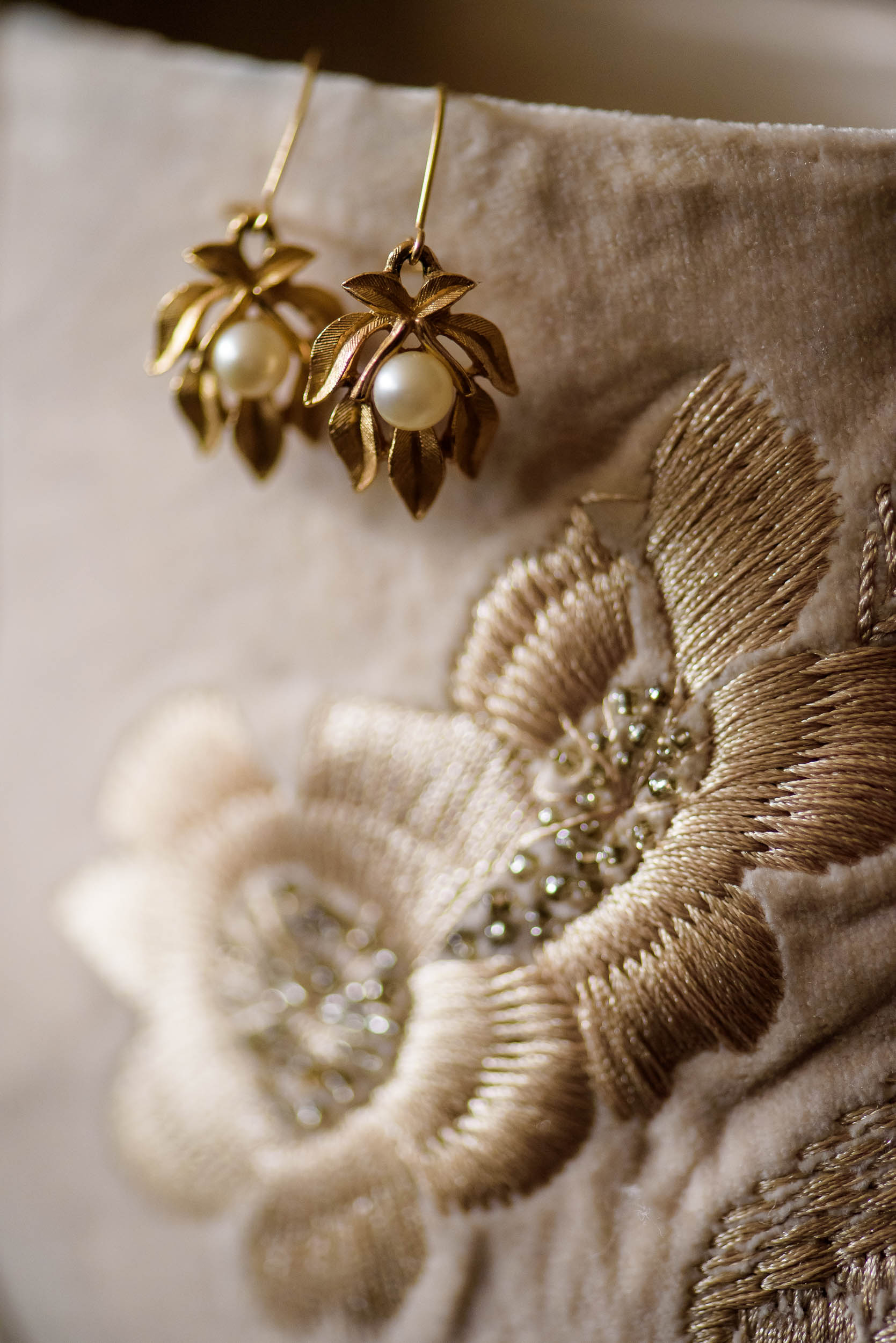 Detail photo of earring before a Loft on Lake Chicago wedding.