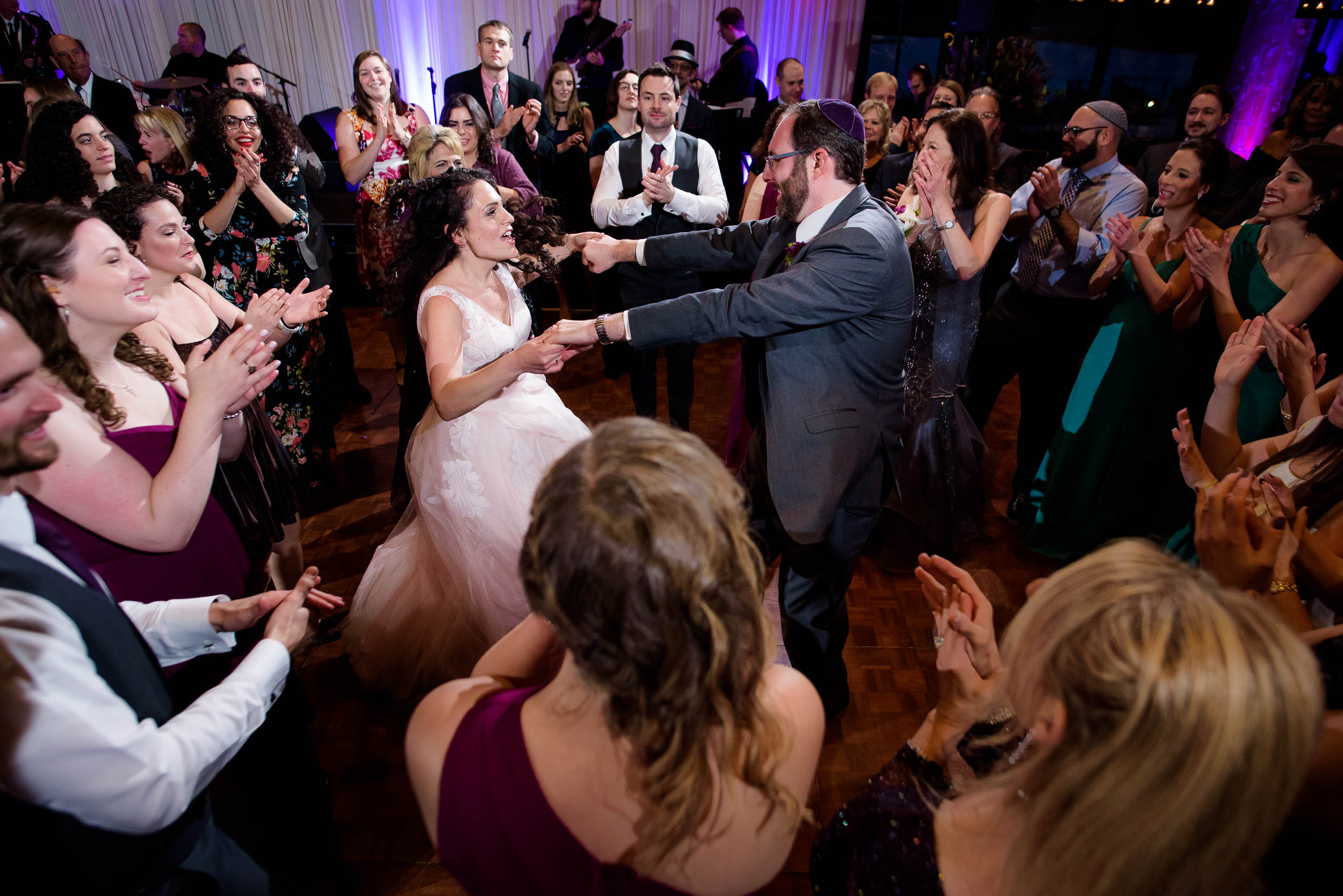 Horah dance during an Independence Grove Chicago wedding.