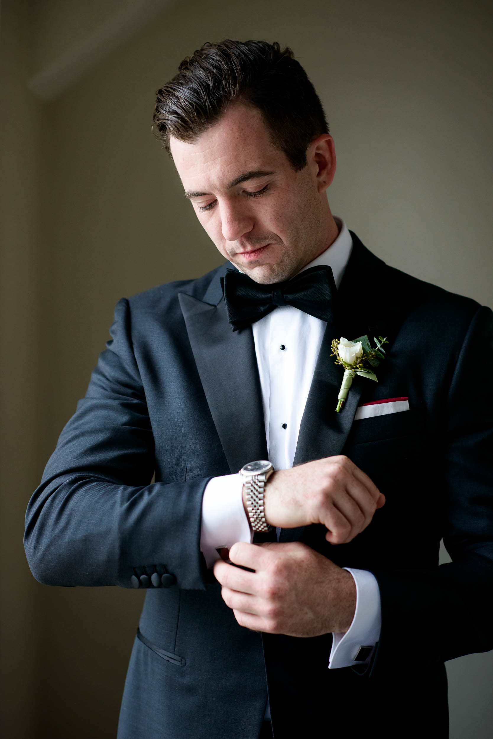 Groom getting ready during a Glessner House Chicago wedding.