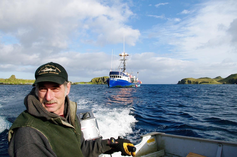 Pêcheur aux abords de l'île d'Atka