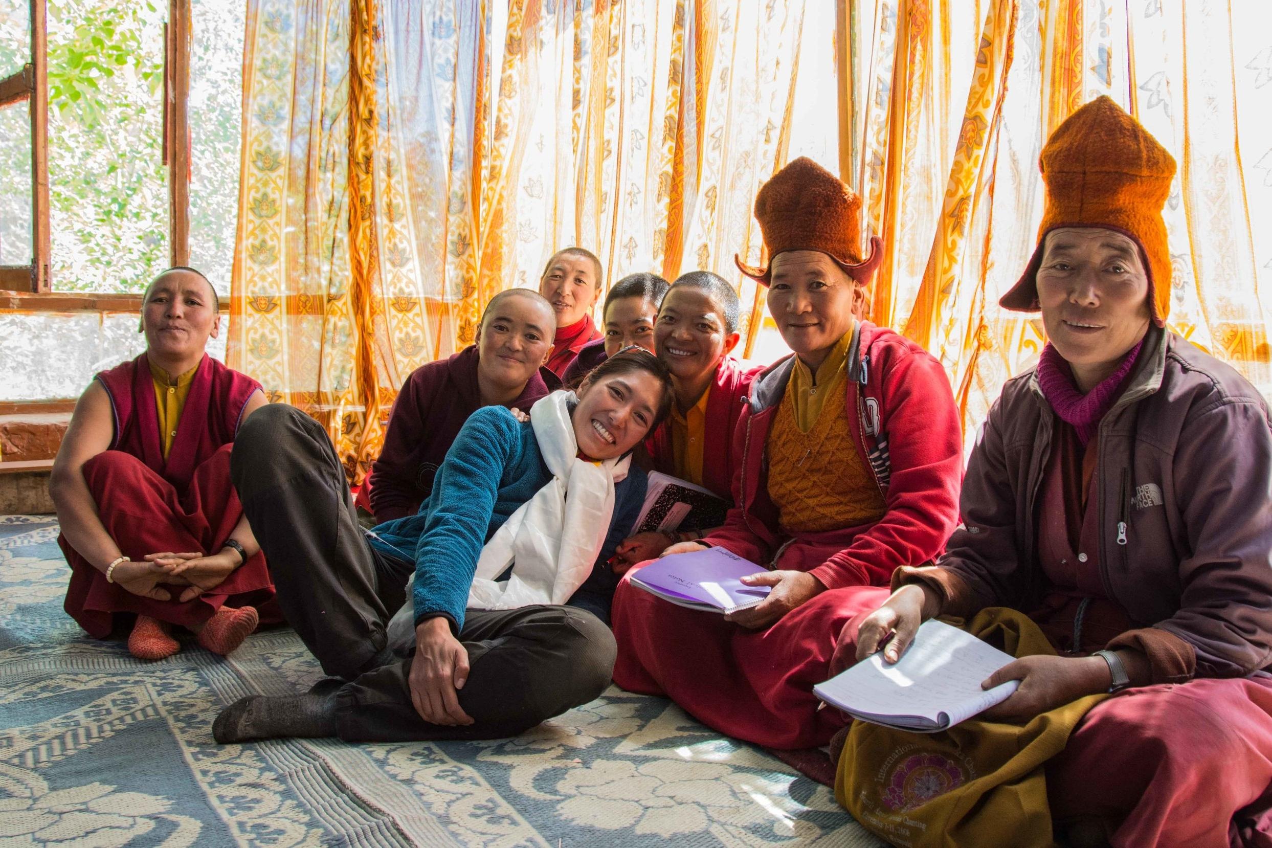 ZANSKAR - Je vis un an avec des nonnes bouddhistes à 4500 mètres d'altitude, où je me forme à la méditation et au bouddhisme.