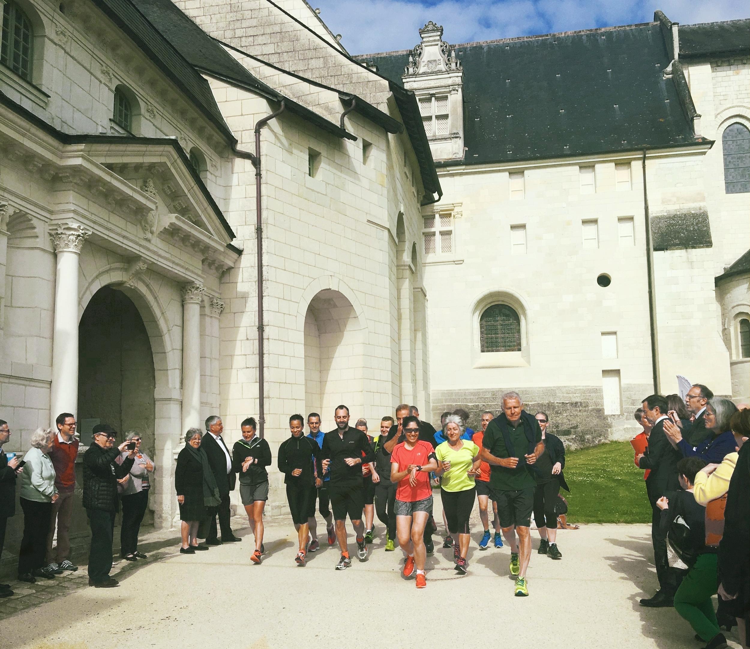 Départ de l'Abbaye de Fontevraud le 12 mai 2017