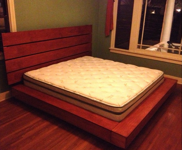 KING SIZE BED BOX/FRAME