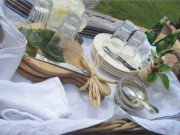 alfresco-dining-from-monicahart.jpg