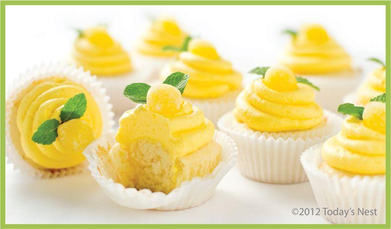 lolas lemon cupcakes 3.jpg