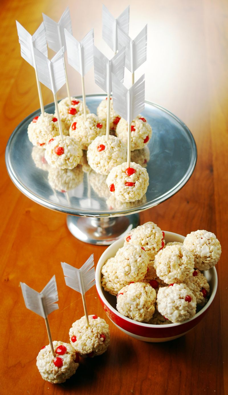 bullseye-cupids-crispie-treats1.jpg