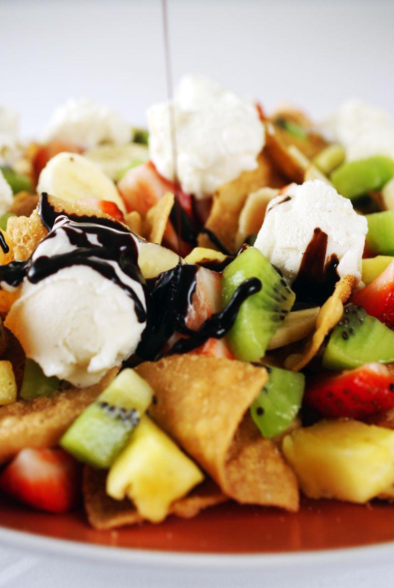 easy-dessert-fruit-nachos3.jpg