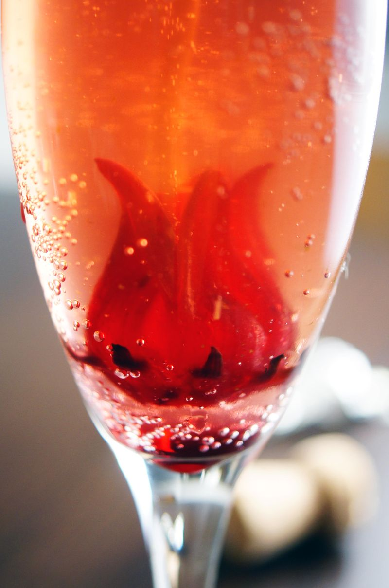 holiday-cocktail-gingle-fizz1.jpg