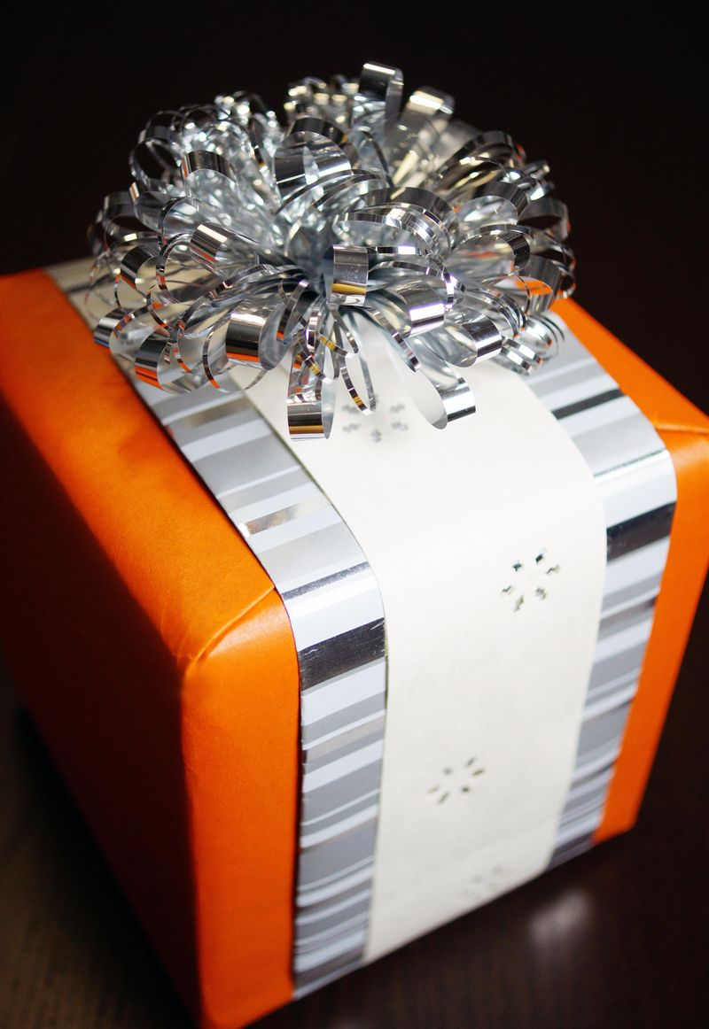 gift-wrapping-tips-and-thrift1.jpg