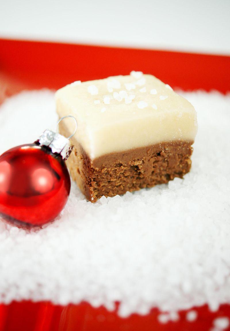 treat-of-the-week-salted-caramel-chocolate-fudge4.jpg