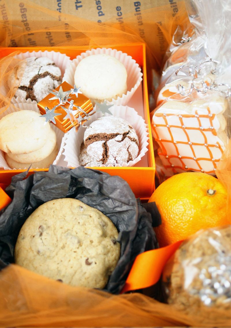special-delivery-packing-and-shipping-baked-goods3.jpg