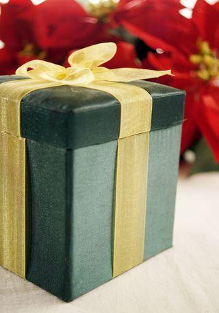 wallet-watch-holiday-budgeting-and-saving1.jpg