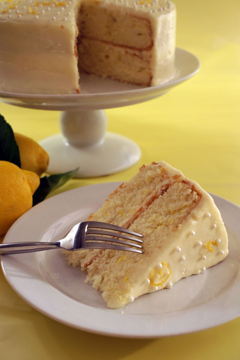 treat-of-the-week-lemon-thyme-layer-cake-with-honey-buttercream-frosting4.jpg