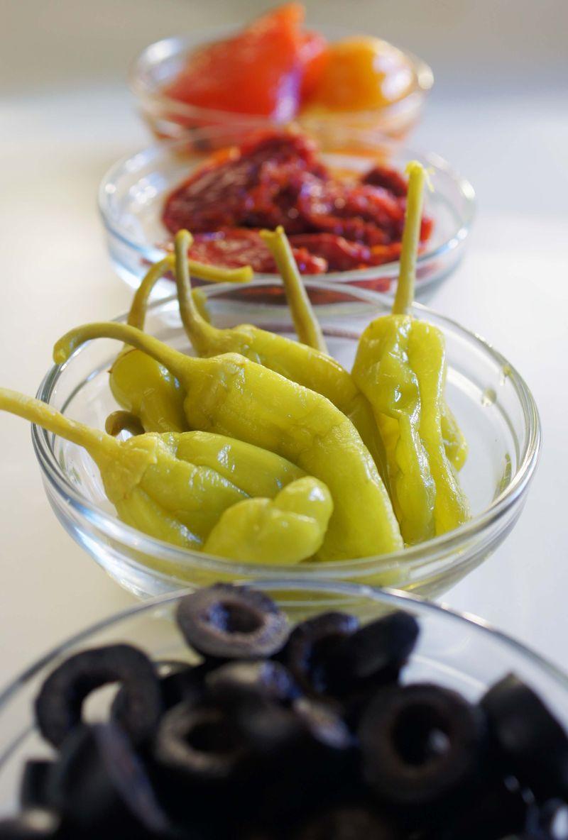 how-appetizing-salami-antipasto-salad2.jpg