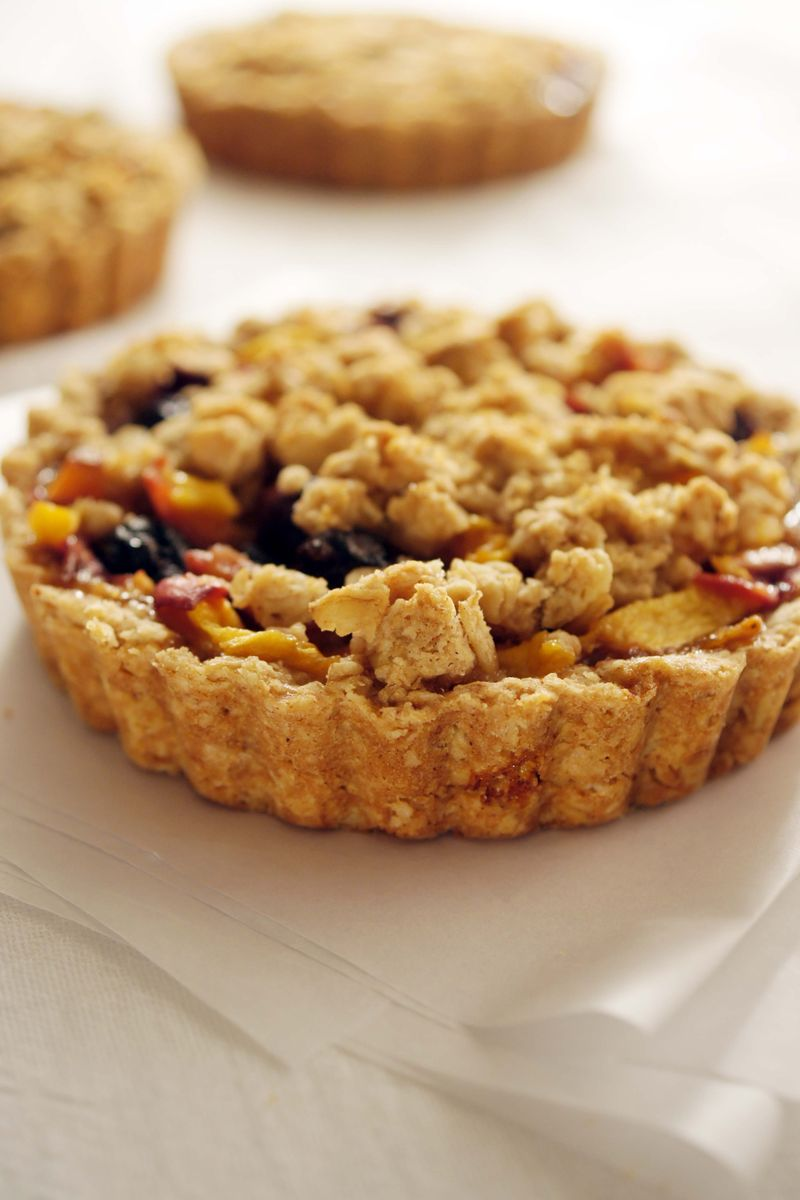 treat-of-the-week-ginger-peach-blueberry-tart4.jpg