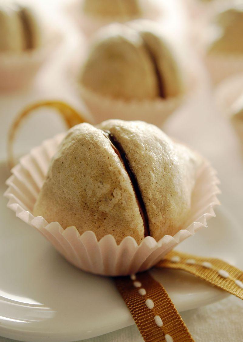 treat-of-the-week-chocolate-meringue-kisses1.jpg
