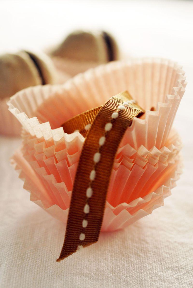 treat-of-the-week-chocolate-meringue-kisses3.jpg