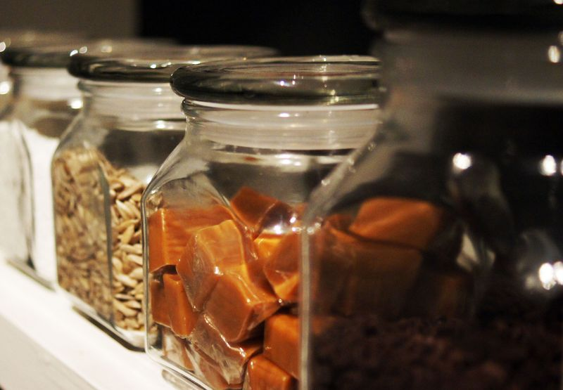 the-right-stuff-pantry-organization-and-checklist1.jpg