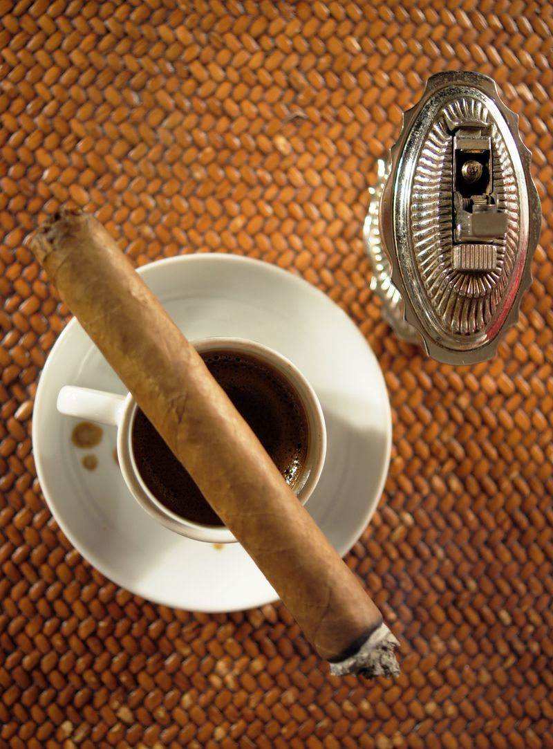 smoke-signals-cigar-basics1.jpg