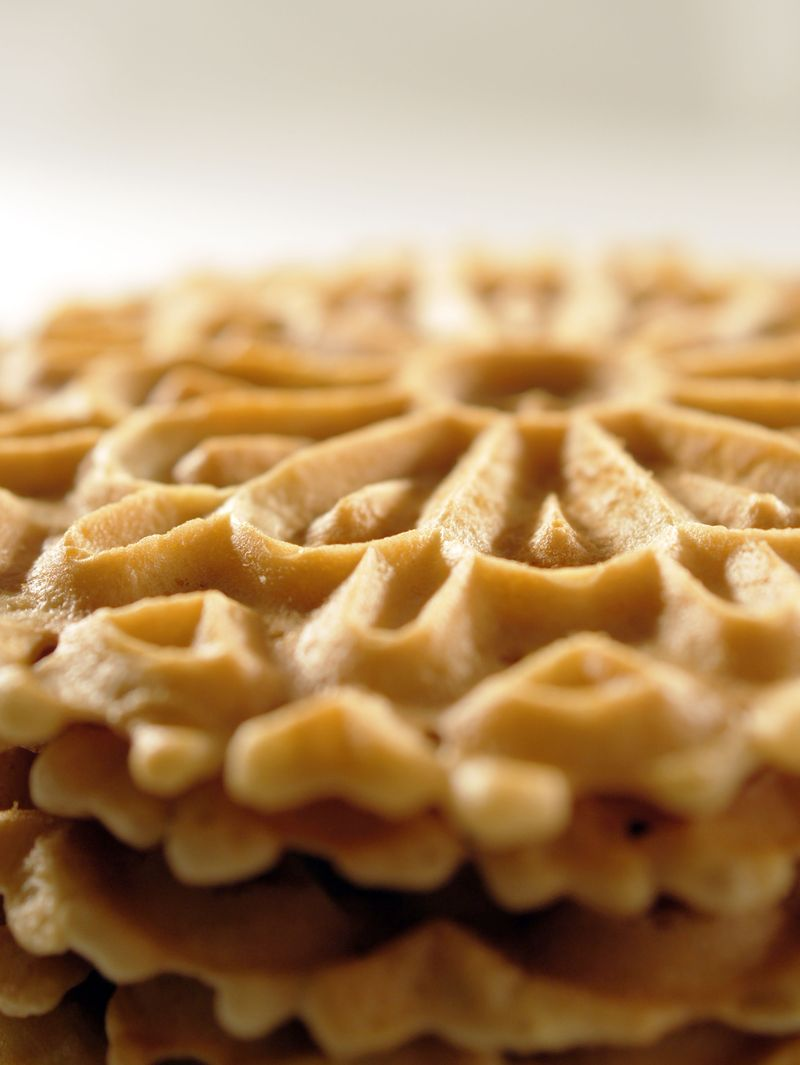 treat-of-the-week-pizzelle-with-citrus-cream3.jpg
