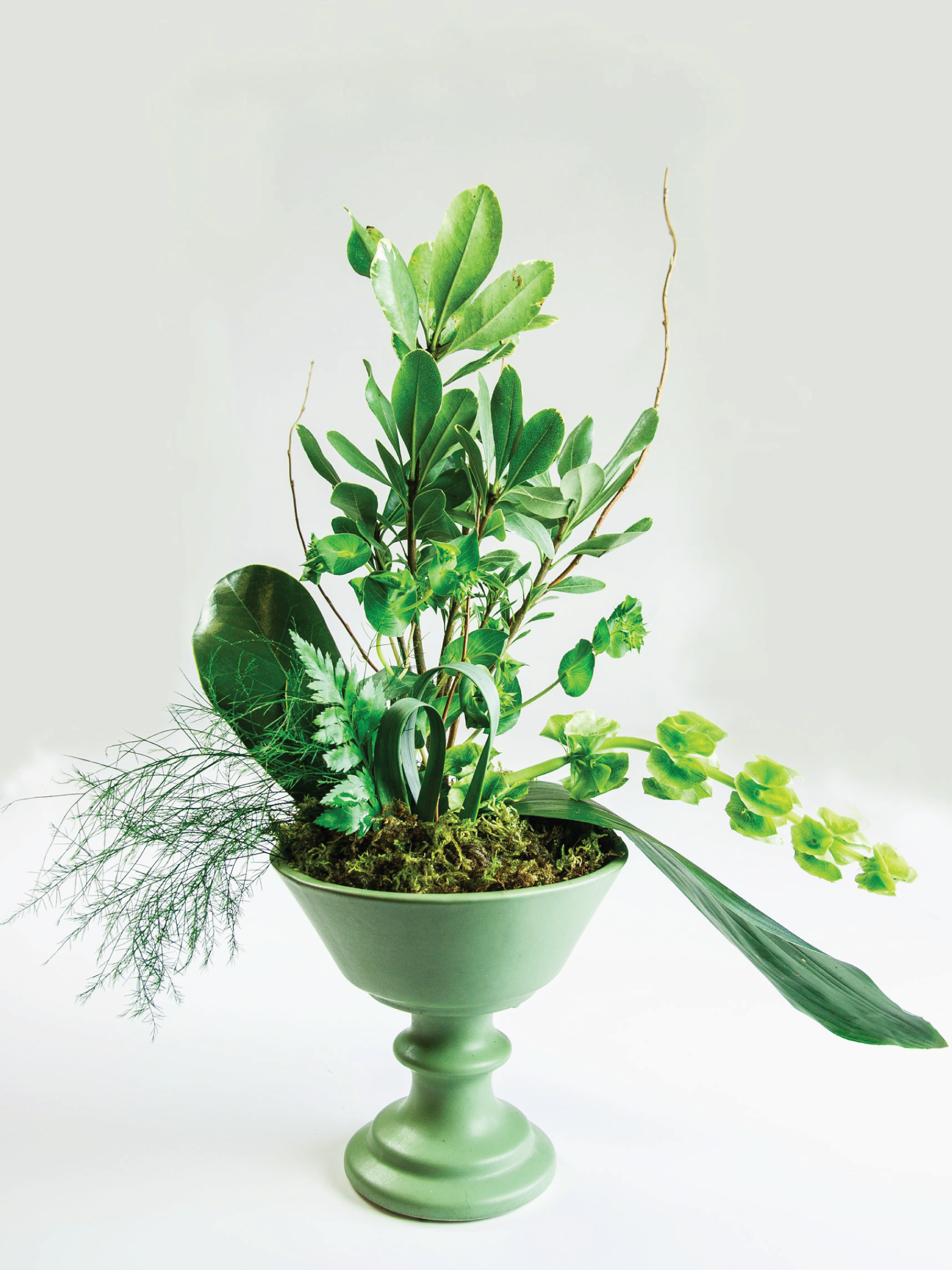 Ikebana Inspired Spring Floral by Sam Henderson of Today's Nest for HGTVGardens.