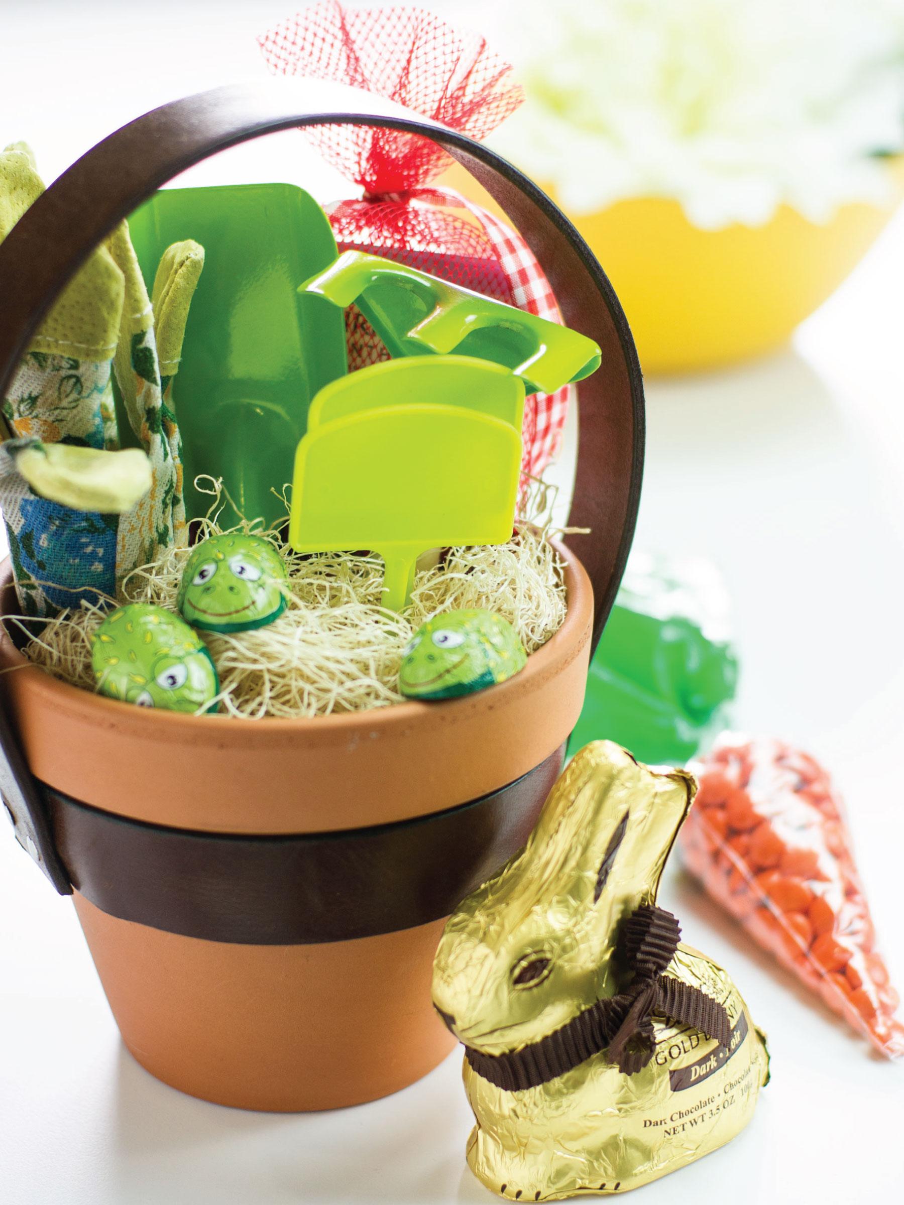 Flower Pot Easter Basket by Sam Henderson of Today's Nest for HGTVGardens