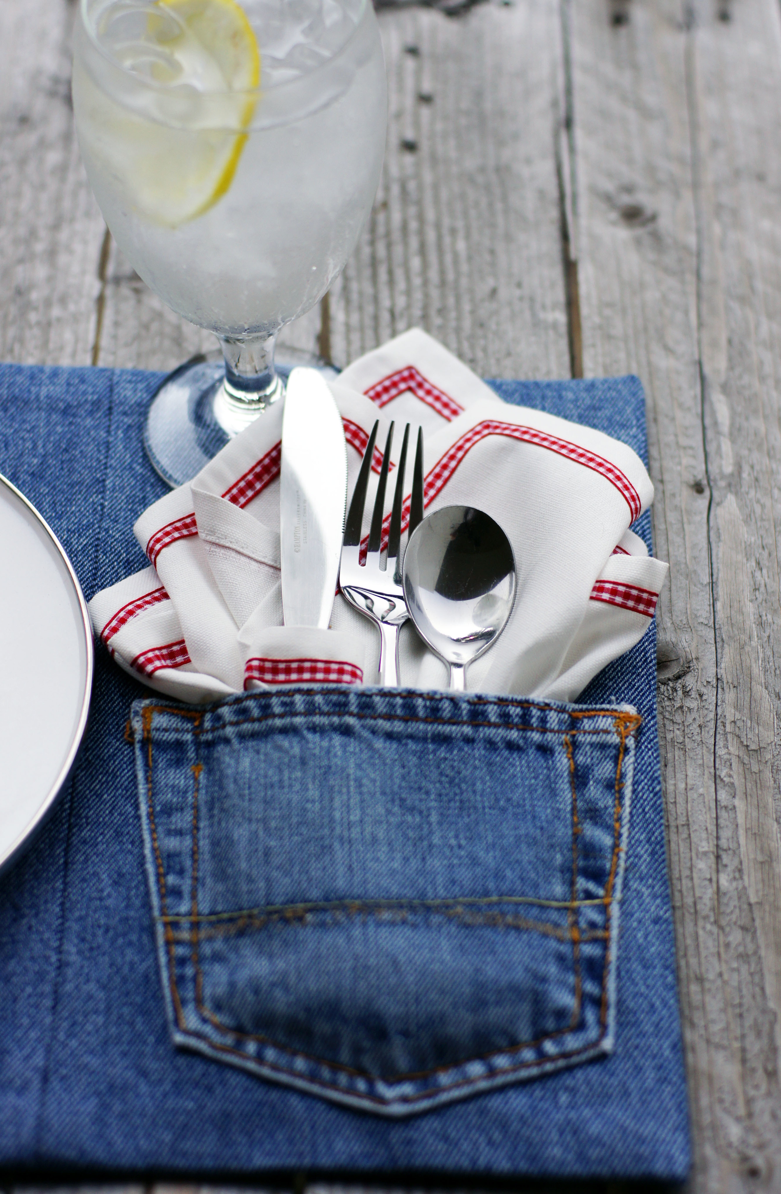 Upcycled Denim Placemats by Sam Henderson of Today's Nest.