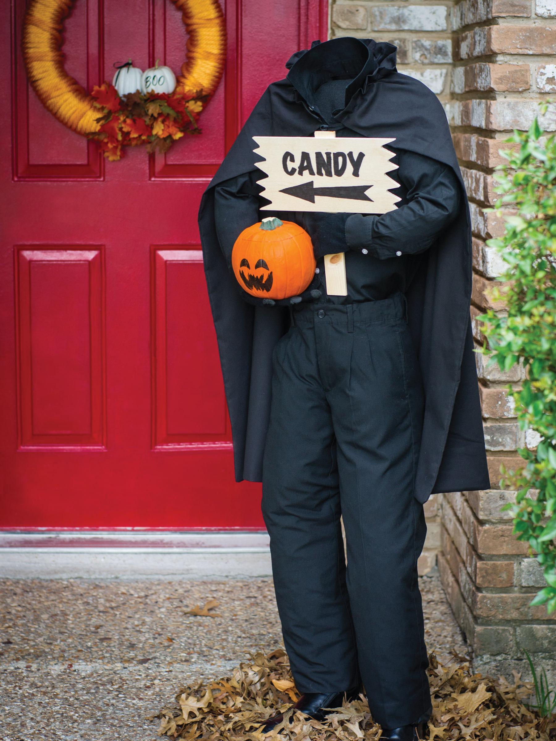 Headless Horseman Door Greeter by Sam Henderson of Today's Nest for HGTV.