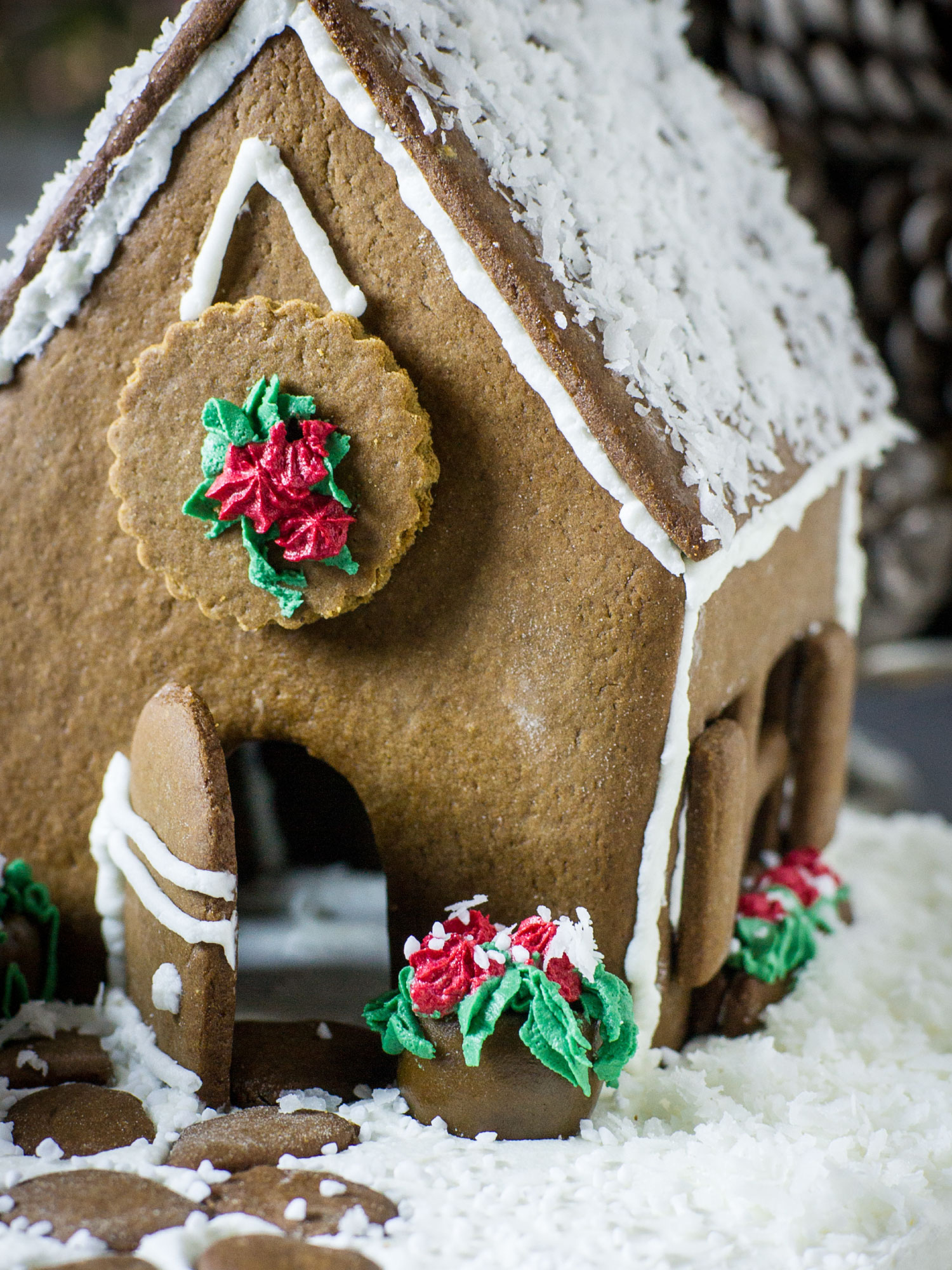 Gingerbread Potting Shed by Sam Henderson of Today's Nest for HGTVGardens.