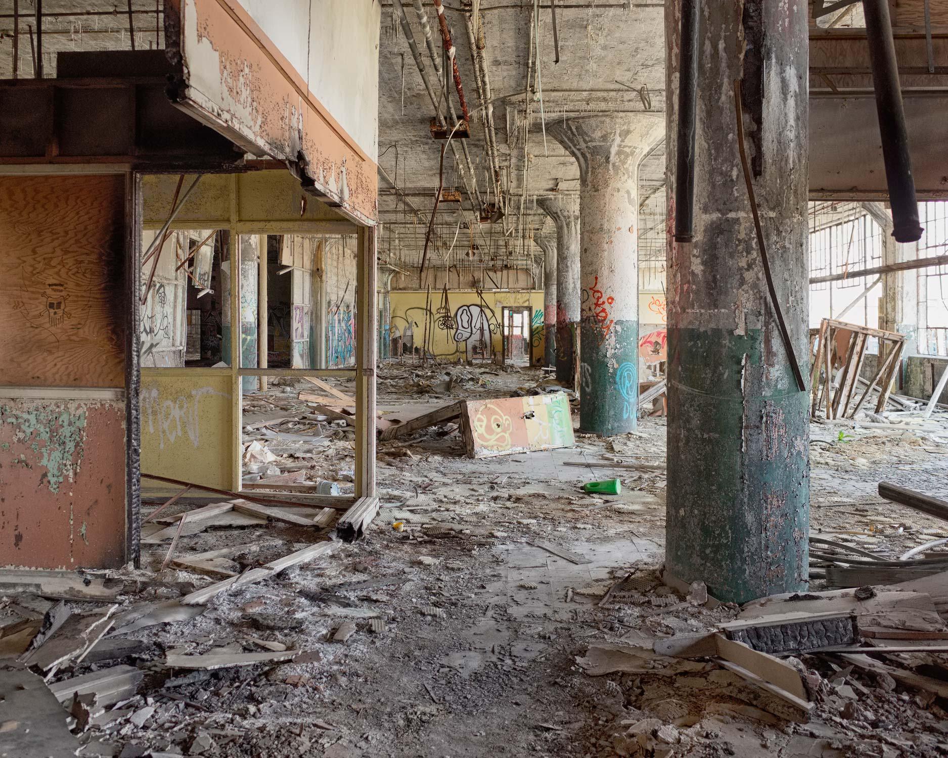 205_Detroit_FisherBodyPlant21.jpg