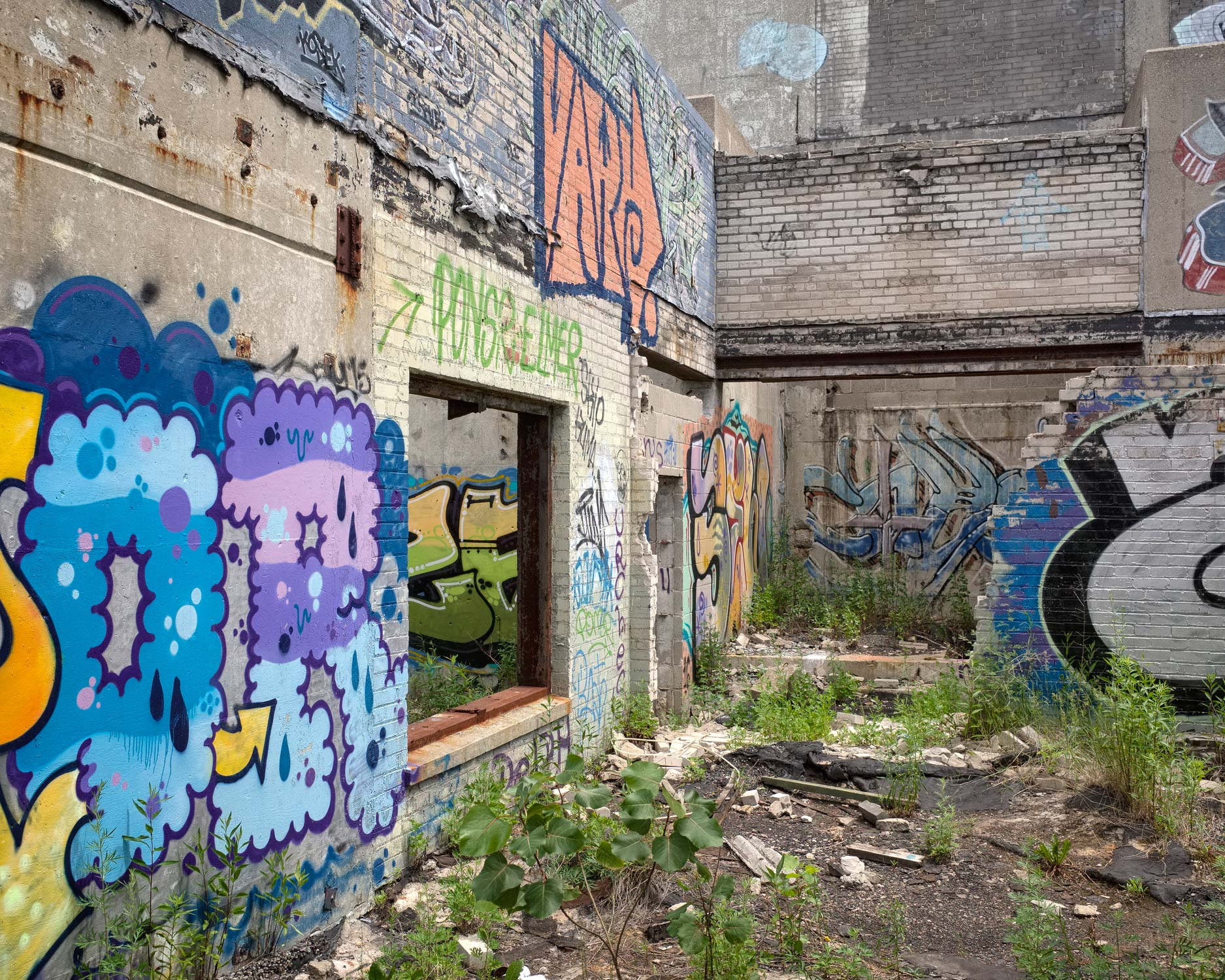 290_Detroit_ContinentalEngineFactory.jpg