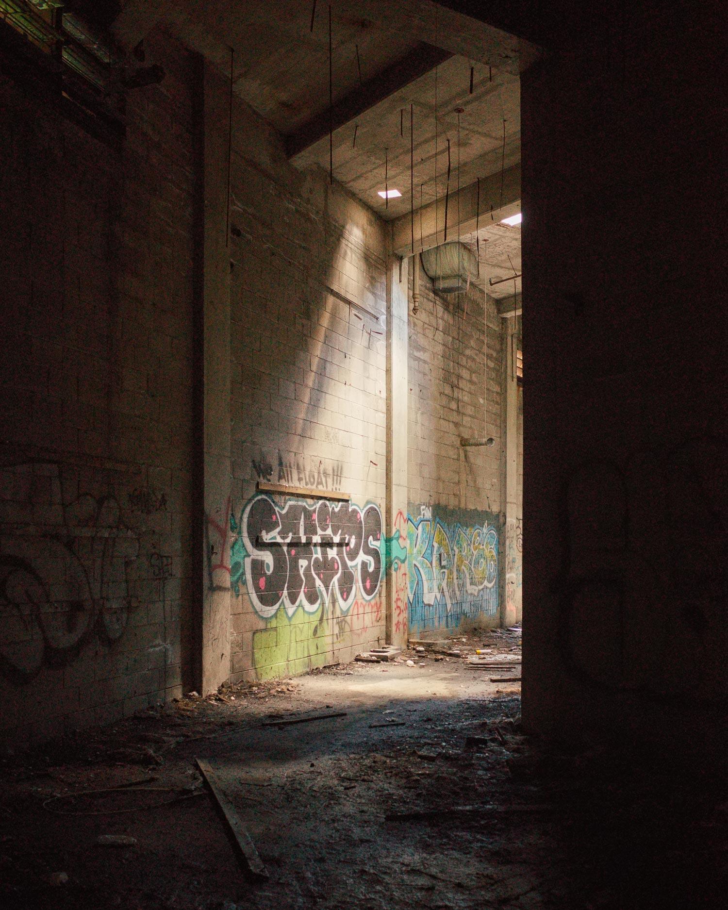 297_Detroit_ContinentalEngineFactory.jpg