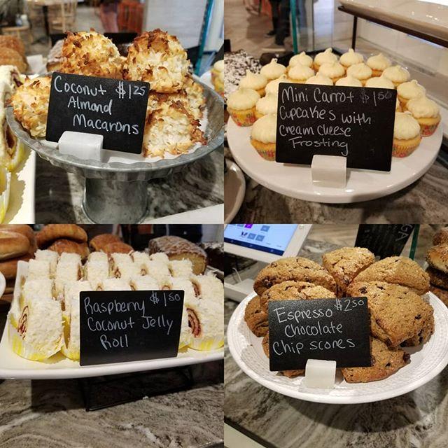 Some homemade baked goods in Cambridge today 😊 #hautecoffee #hautemade #bakedfromscratch #bakedgoods #breakfast #dessert #snack #coffee #cafe #cookies #scones #cake 🍰 by @pieprofessional