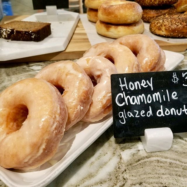 Celebrating 🍩National Donut Day🍩 at Haute Cambridge 😋Come on in and grab yourself a glazed Honey Chamomile🍯🌼, a German Chocolate 🇩🇪🍫, or a Raspberry Cream 💝 #hautecoffee #cambridgema #eastcambridge #nationaldonutday #donuts 🍩👩‍🍳@pieprofessional