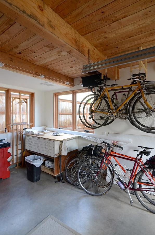 Portland bike ADU - bike garage