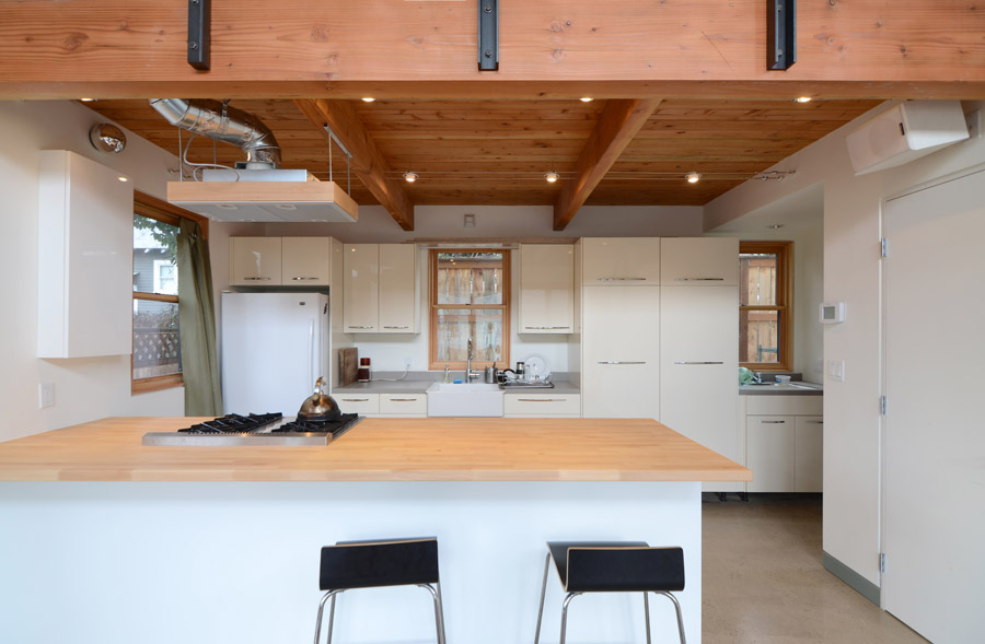 Portland bike ADU - kitchen