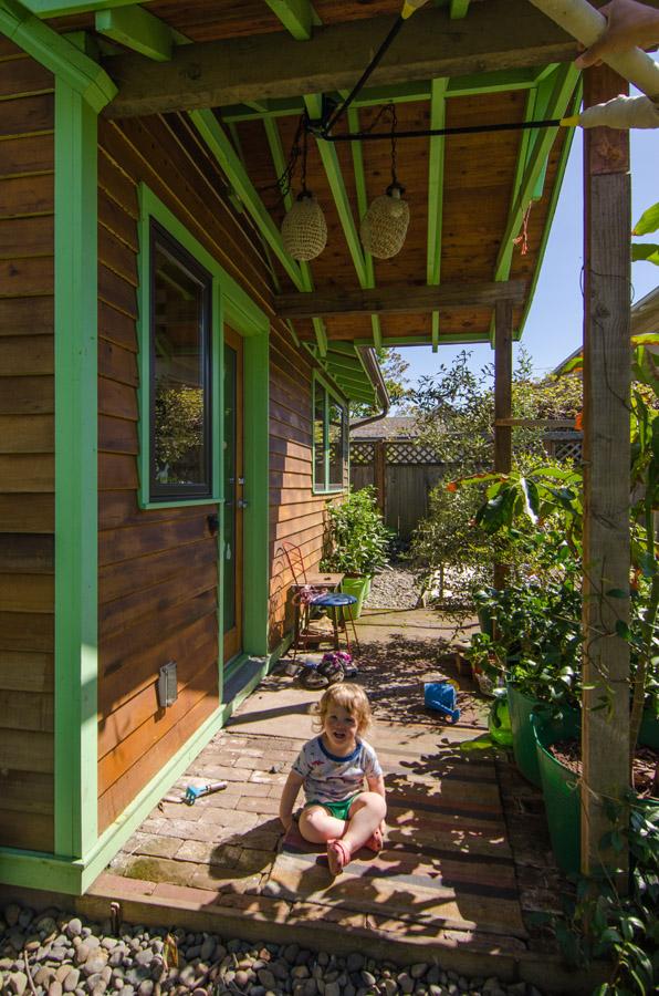 Portland Little House - Detached Bedroom - porch