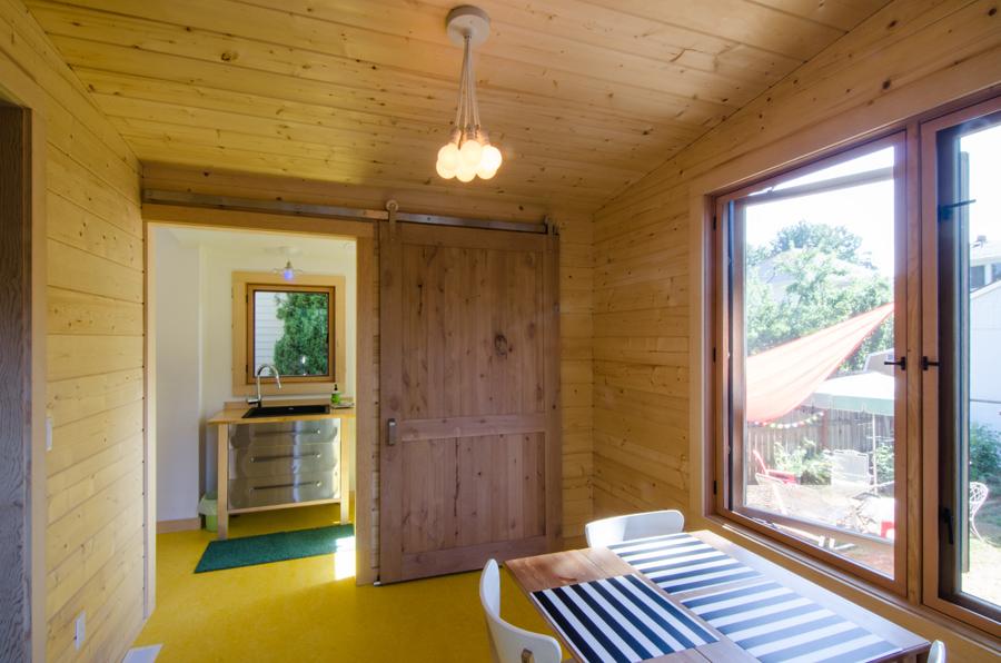 Hawthorne Addition - interior to bathroom.jpg