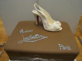 highheel cake.jpg